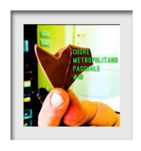 cuore di Pasqua, cuore di cioccolato, cuore in mano, amore dolce